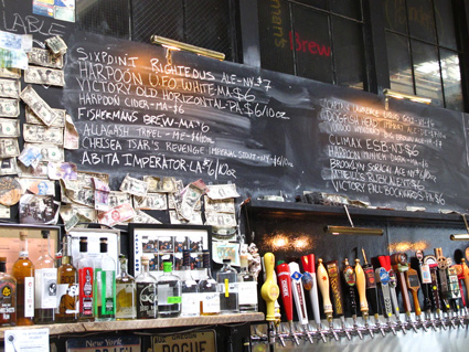 NYC Tour Review: Urban Oyster's Williamsburg Craft Beer Crawl