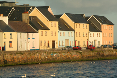 Claddagh houses on Irish coast
