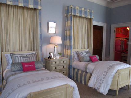 Houndstooth's Bedroom suite for the Blair daughters