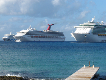 Avoiding Cruise Ship Crowds On Grand Cayman