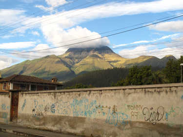 #Otavalo #Ecuador #AndeanView