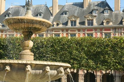 #PlacedesVosges #ParisParks #Paris