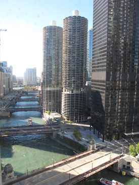 Chicago River and Marina Towers view