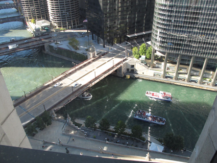 Club Quarters Chicago Wacker River View