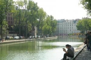 Canal St Martin scene Paris
