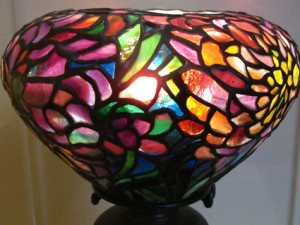 Colorful Tiffany leaded glass Peony Lamp