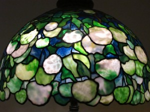 Tiffany Snowball leaded glass lampshade