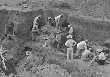 Original Penn Museum excavation team